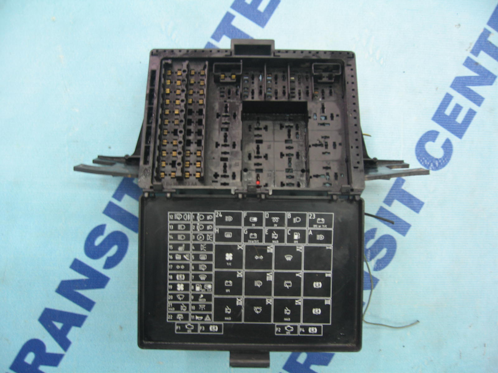 Where Is The Fuse Box On A 2002 Ford Transit : Fuse box ford transit