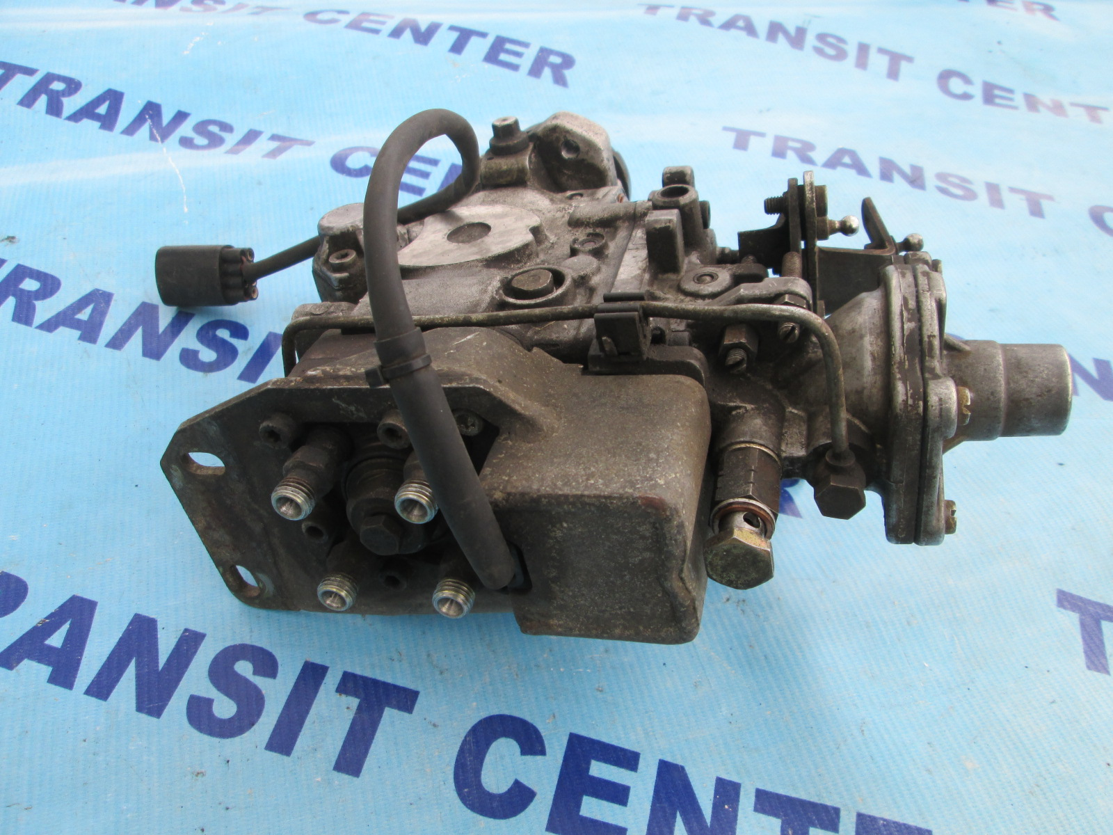 injection pump bosch 686 ford transit 2 5 d 1994