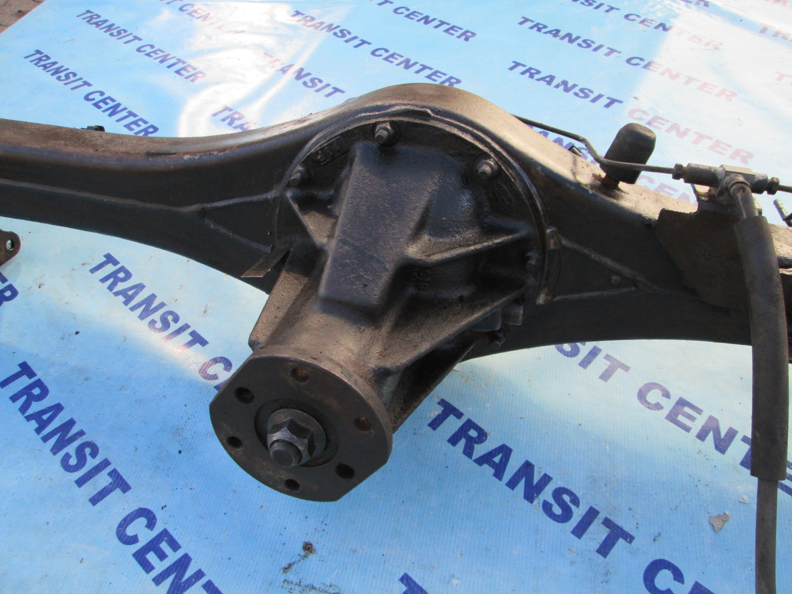 """Used Ford Transit Connect >> Rear axle Ford Transit 1991, 4.11 with ABS, 14"""" single wheel."""