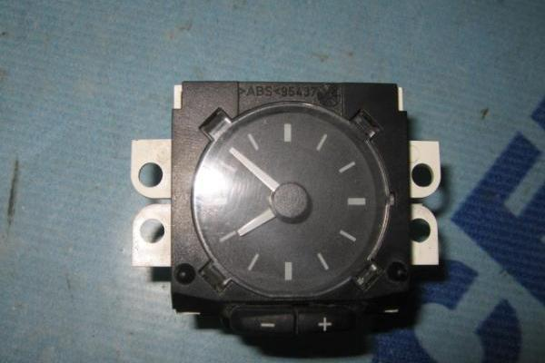 Dashboard clock Ford Transit 1994-2000