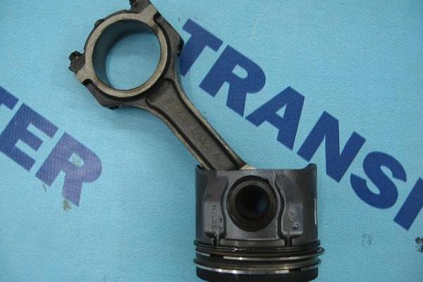 Piston Ford Transit 2000-2006