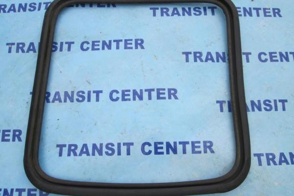 Door window seal Ford Transit 1986, opened to double cab.